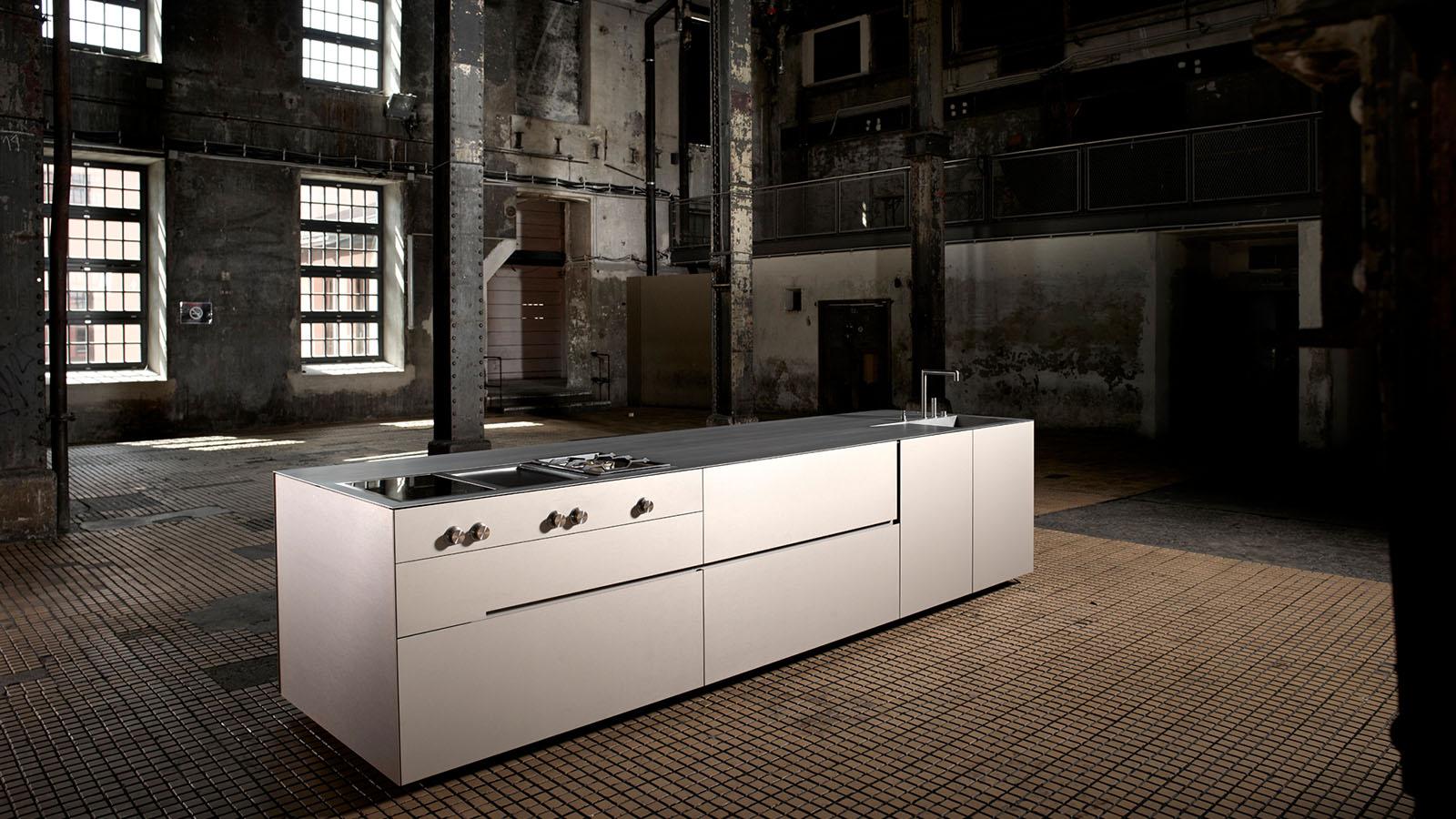 Charmant Slim Küchenschrank Galerie - Küche Set Ideen ...