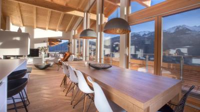 Holzbau Maier Esstisch