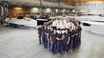 Frauscher Gruppe komplett - Frauscher Boote im der Werft in Ohlsdorf