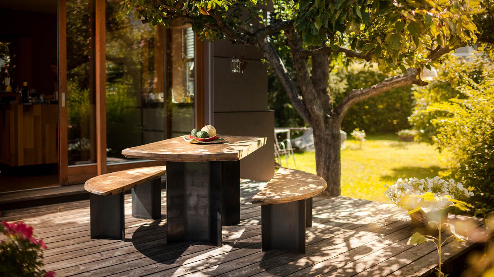 von der kunst aus alten f ssern moderne m bel diogenes streifzug. Black Bedroom Furniture Sets. Home Design Ideas