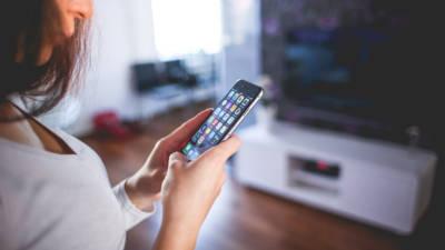 Das Smartphone bildet den Ausgangspunkt des Smart Home und verbindet die einzelnen Komponenten.