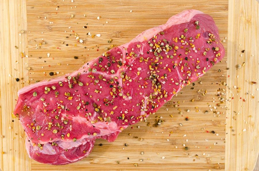Luxus Kobe-Steak mit Pfefferkörnern