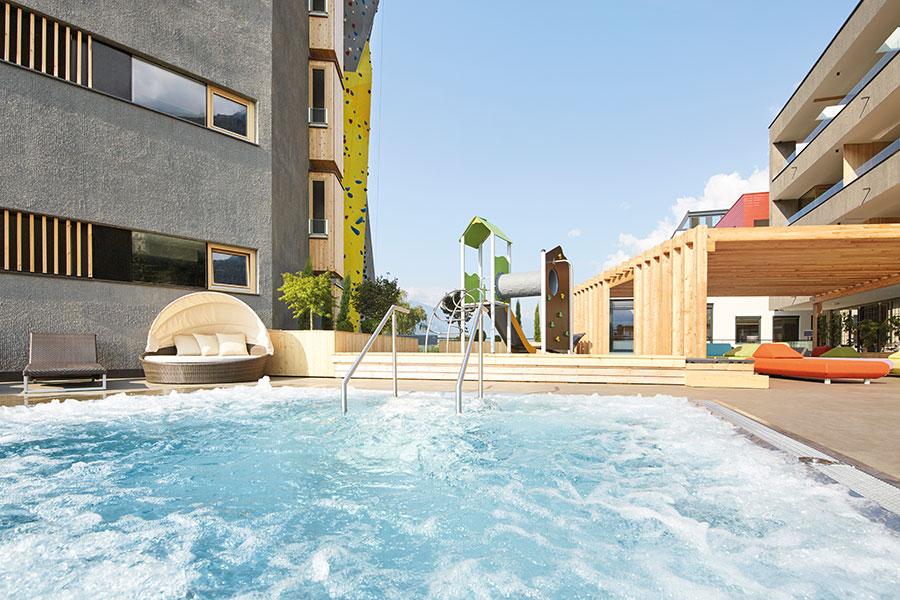 Whirlpool im DolceVita Wellnes Resort Linenhof
