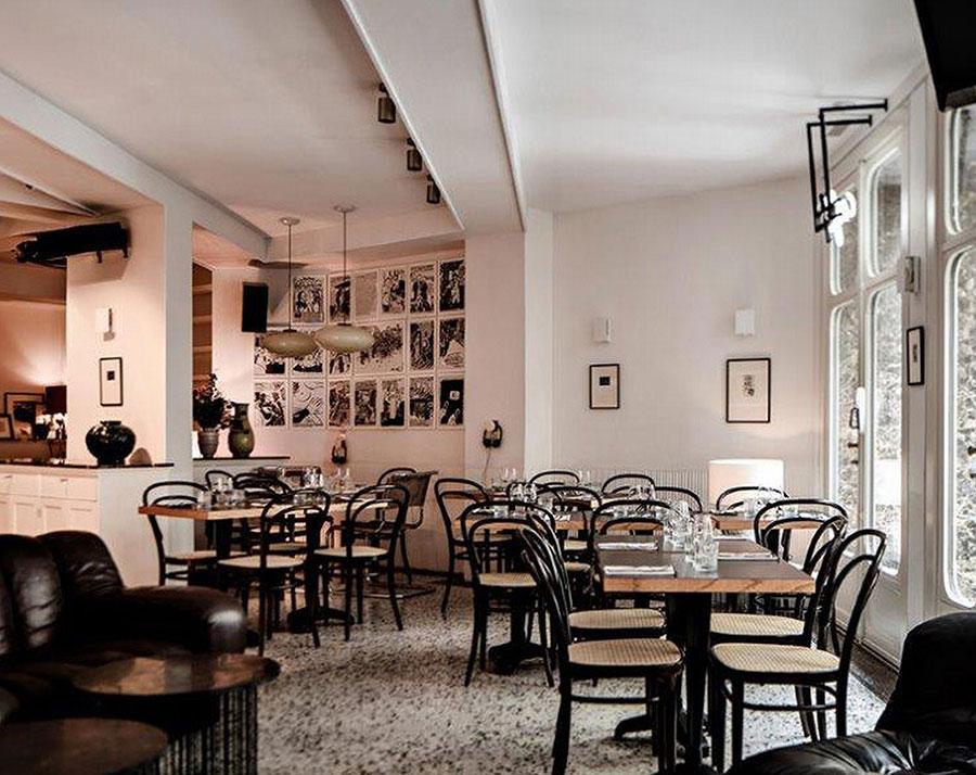 Von Paris bis Bergen und Wien: Der Thonet Nr. 14 bzw. 214 ist bis heute der Klassiker unter den Kaffeehausstühlen.