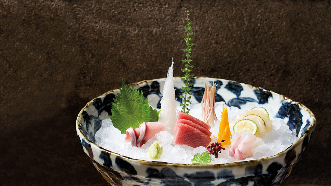 Since December 2019 the Japanese fusion kitchen Zuma is also available in Kitzbuehel.