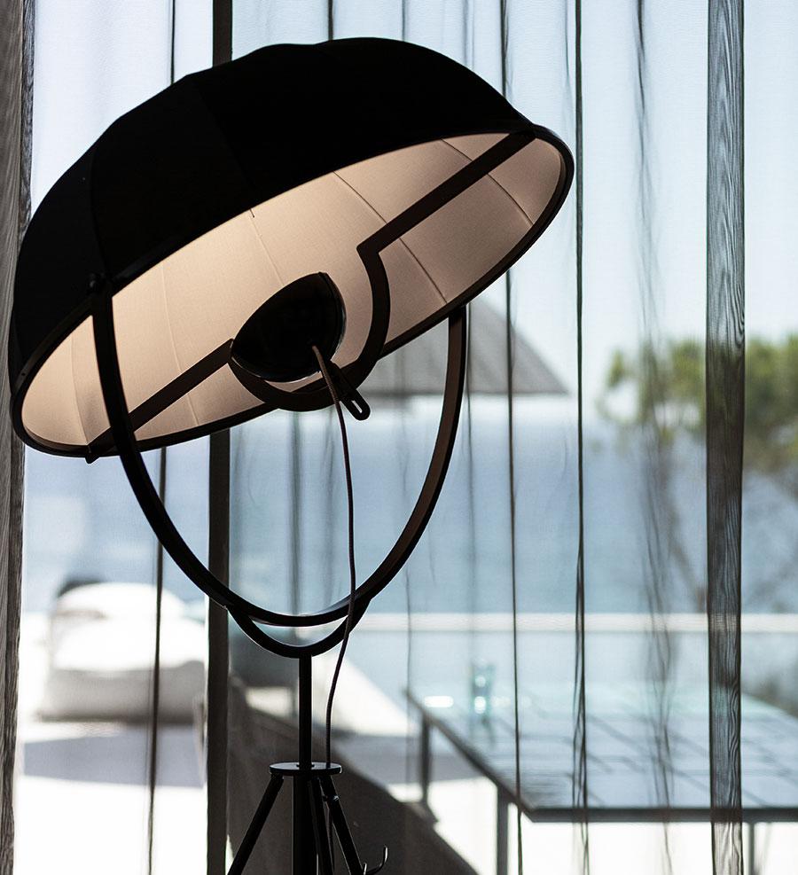Strandvilla in Kroatien von STEININGER DESIGNERS: Lampe